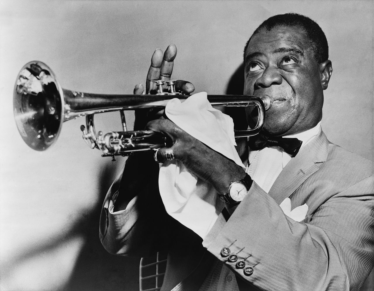 1280px-Louis_Armstrong_restored.jpg